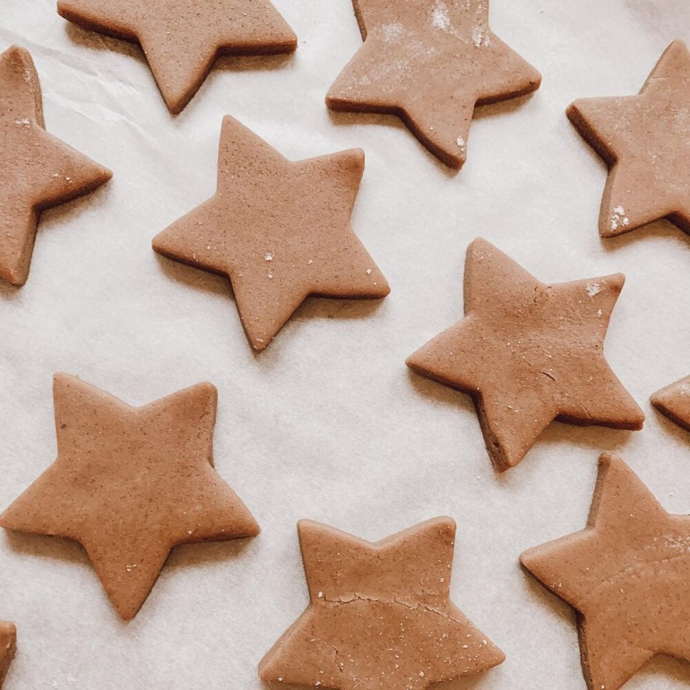 pumpkin spice gingerbread cookies