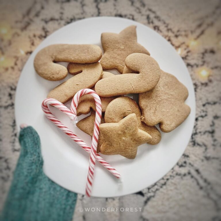 Super soft gingerbread cookies with pumpkin spice