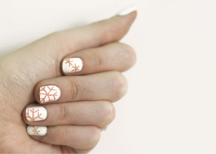 Snowflake Nail Transfer Tutorial