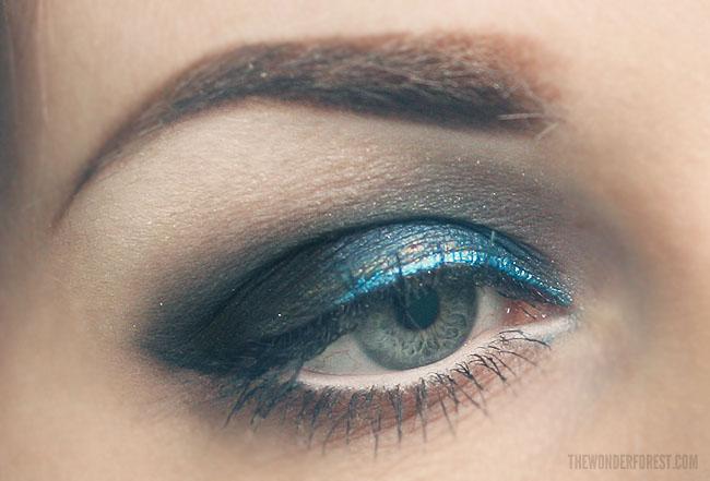 MOTD – Electric Blue Smokey Eyeshadow