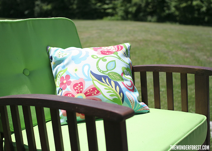 5 Minute Pillow Covers Tutorial