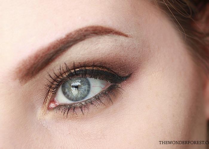 Holiday Makeup Look: Dark Golden Warmth