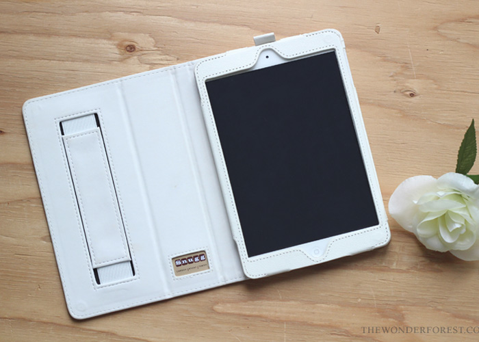 TECH TUESDAY: iPad Case by The Snugg