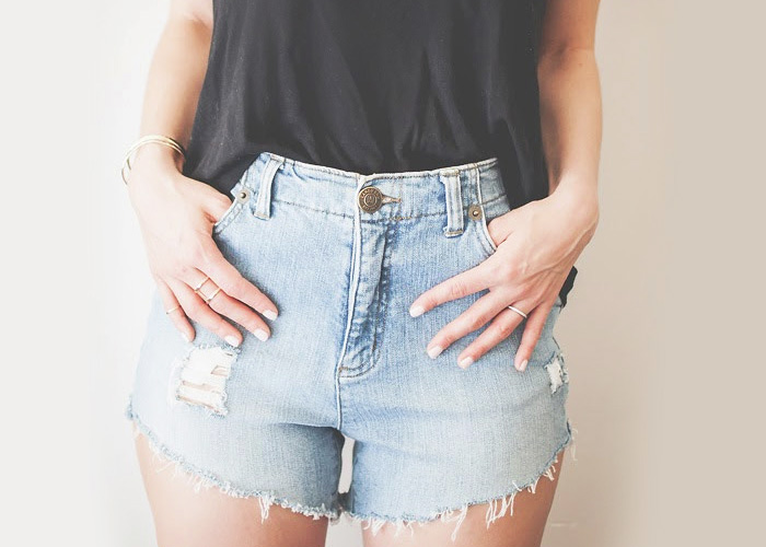 DIY High Waisted Distressed Denim Shorts