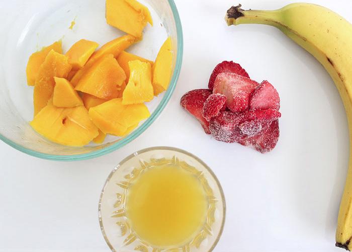 Tropical Strawberry Banana Smoothie