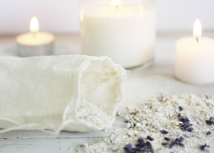 Homemade Lavender and Oatmeal Bath Soak Recipe