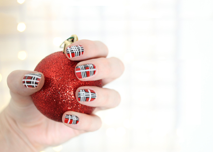Festive Nails: Mad For Plaid