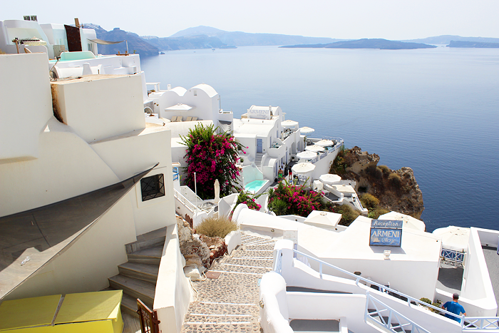 Visiting Santorini on a Budget