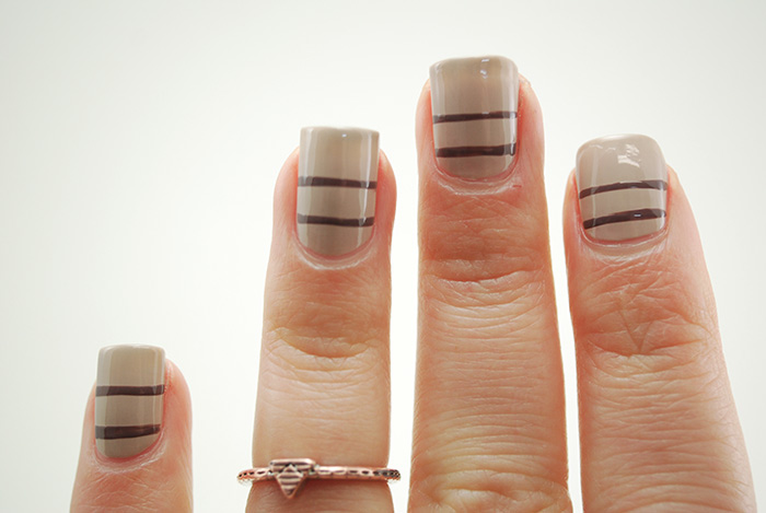 Sweater-Nails-Step-3