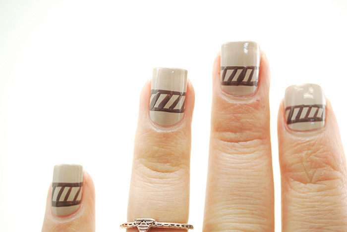 Sweater-Nails-Step-4