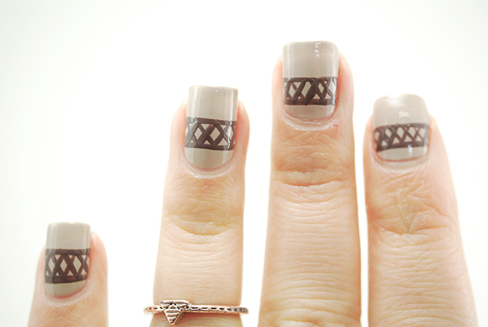 Sweater-Nails-Step-5