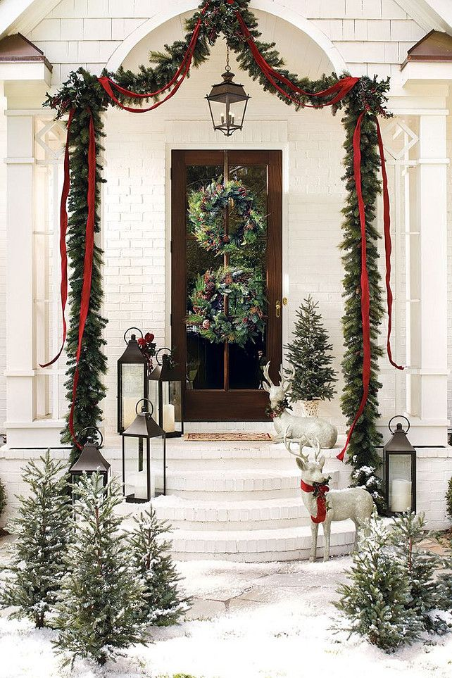 Outdoor Christmas Door and Entry