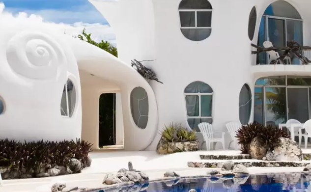 3 Amazing Airbnbs To Add To Your Travel Bucket List