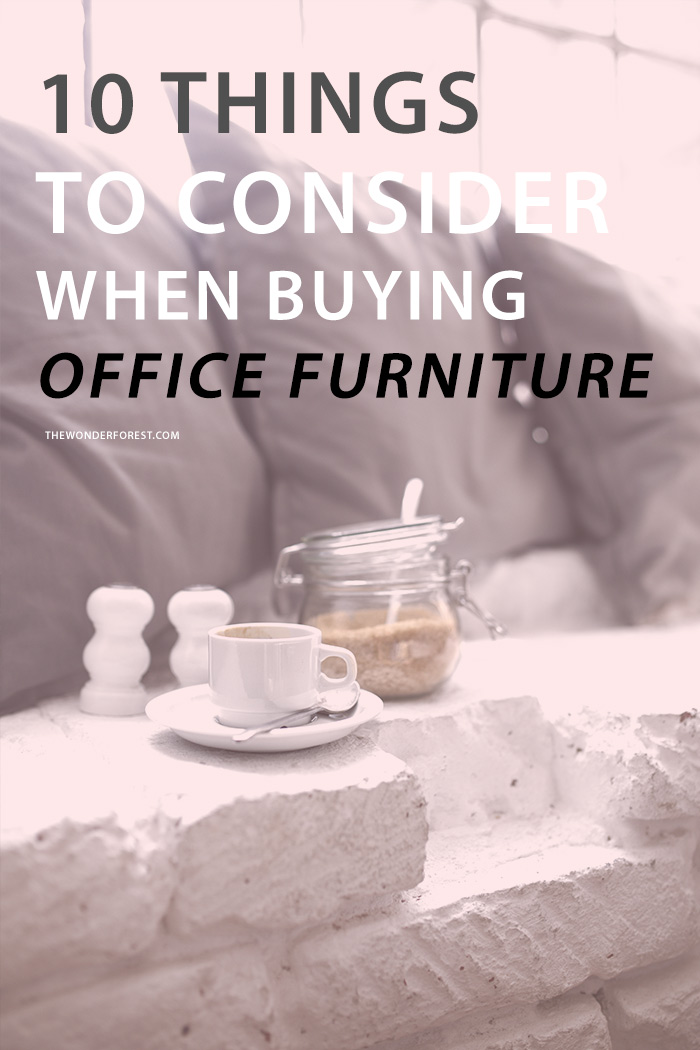 If you're going to make the most of your home office without breaking your bank, here are the ten things you should keep in mind before you loosen those purse strings.