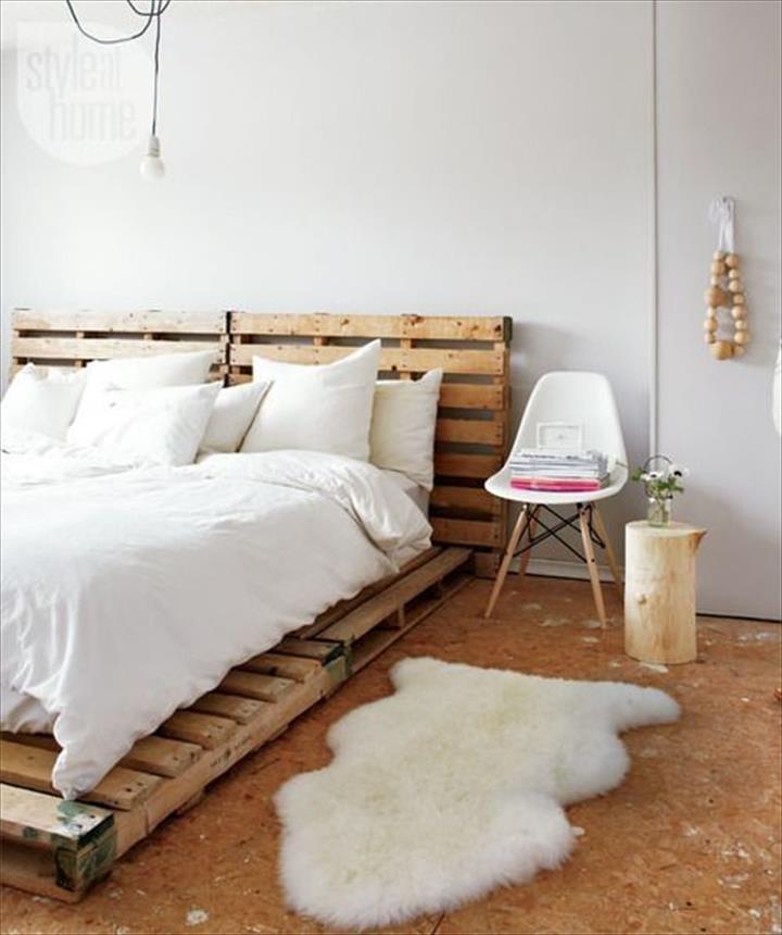 Wood Pallet DIY Bed