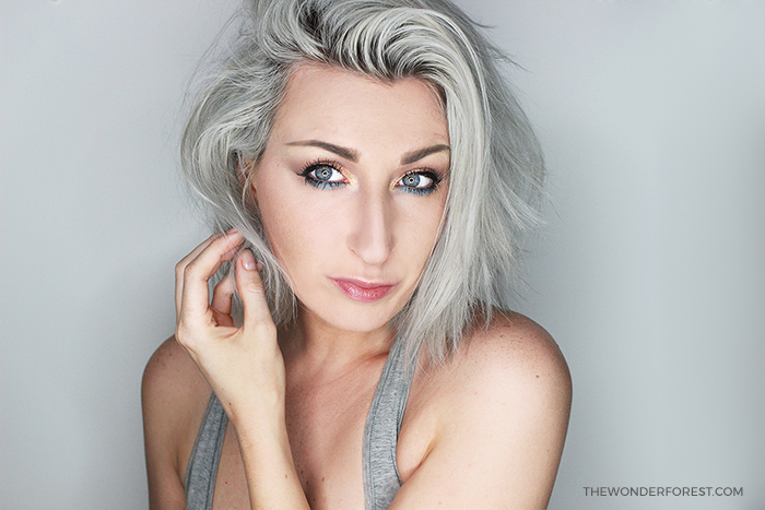 Summer Bronze and Teal Makeup Look with Silver Hair