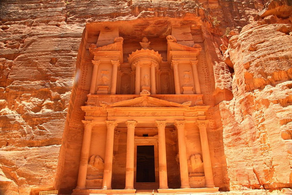 5 Destinations That Will Enrich Your Spirit: Petra, Jordan