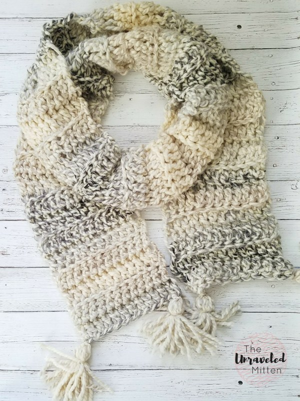 Super Easy Crochet Scarf Pattern