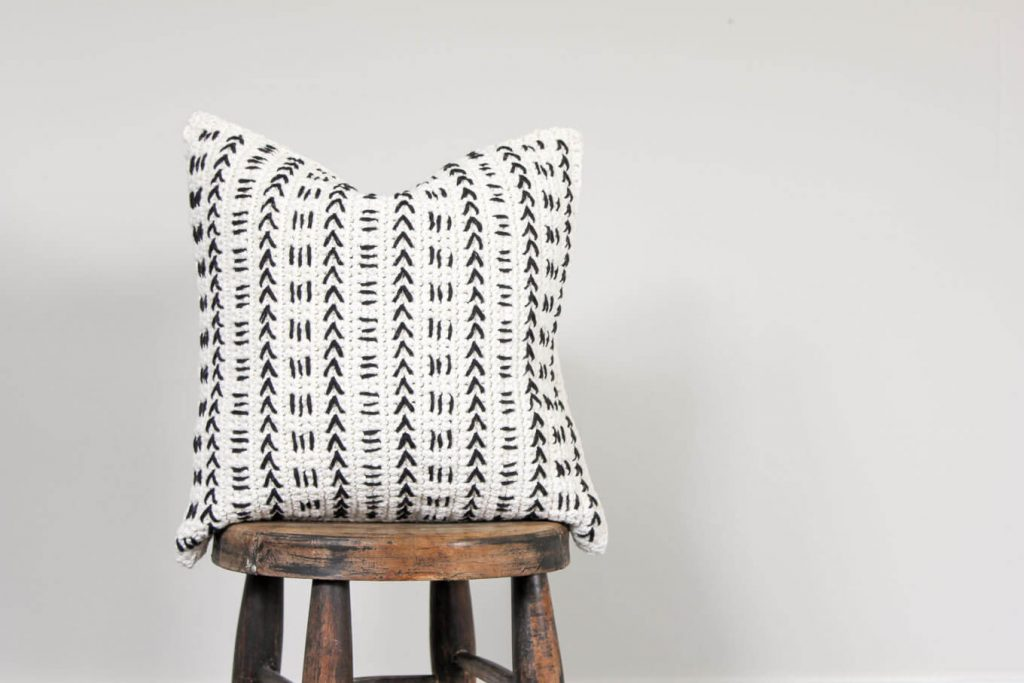 Free Mudcloth Pillow Crochet Pattern