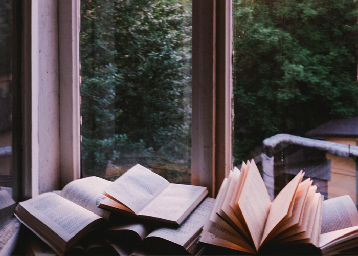 6 Books Every Blogger Should Read
