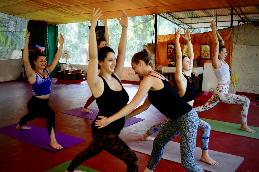 5 Crucial Things to Look For When Choosing a Yoga Teacher Training Course