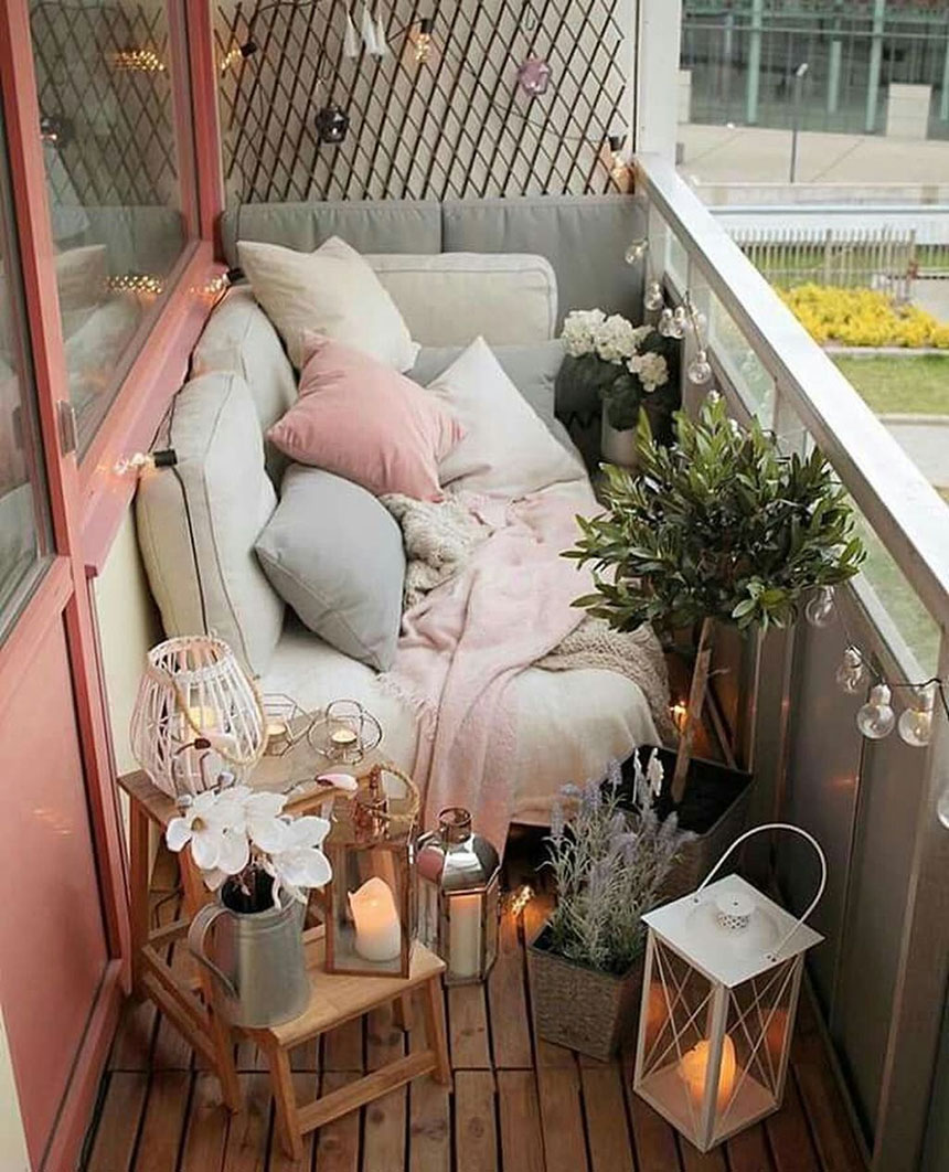 Small Cozy Balcony
