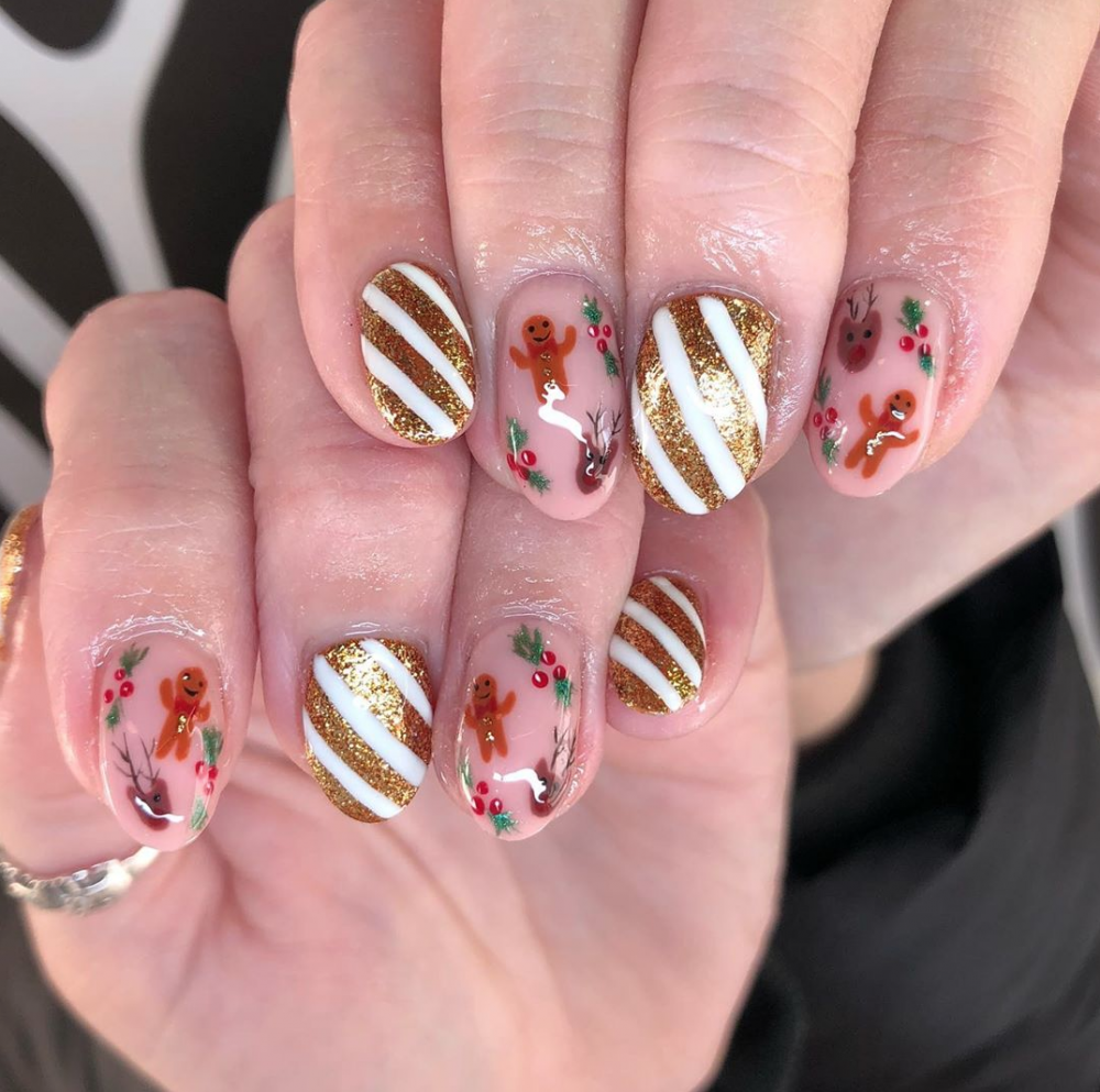 8 Delightful Holiday Nail Designs