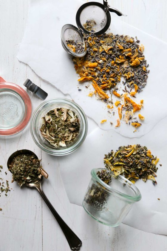 5 DIY Tea Blends