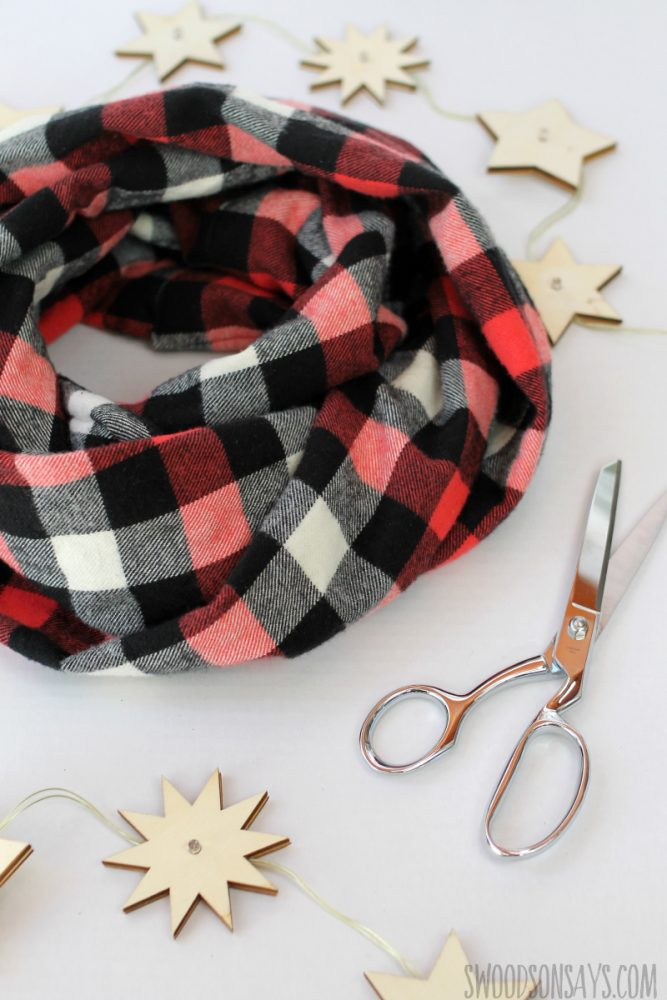 Easy DIY Fleece Infinity Scarf