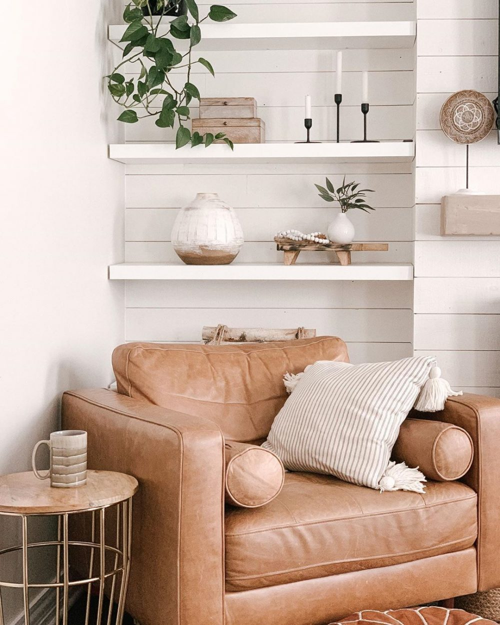 Fresh White and Tan Decor