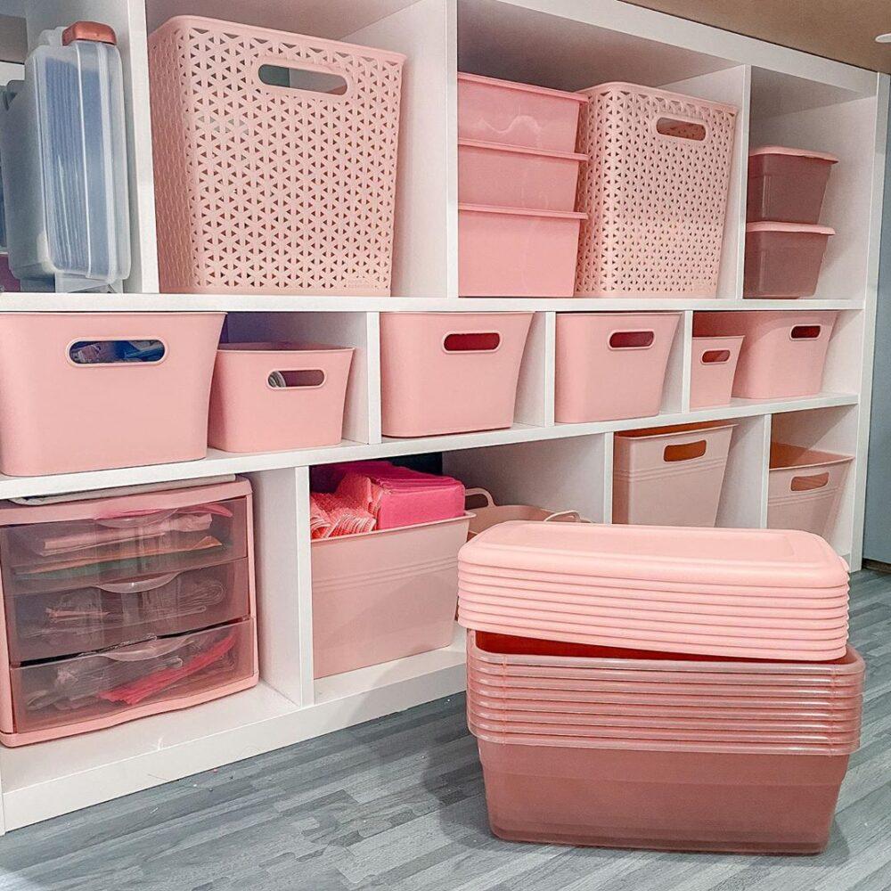 organized totes