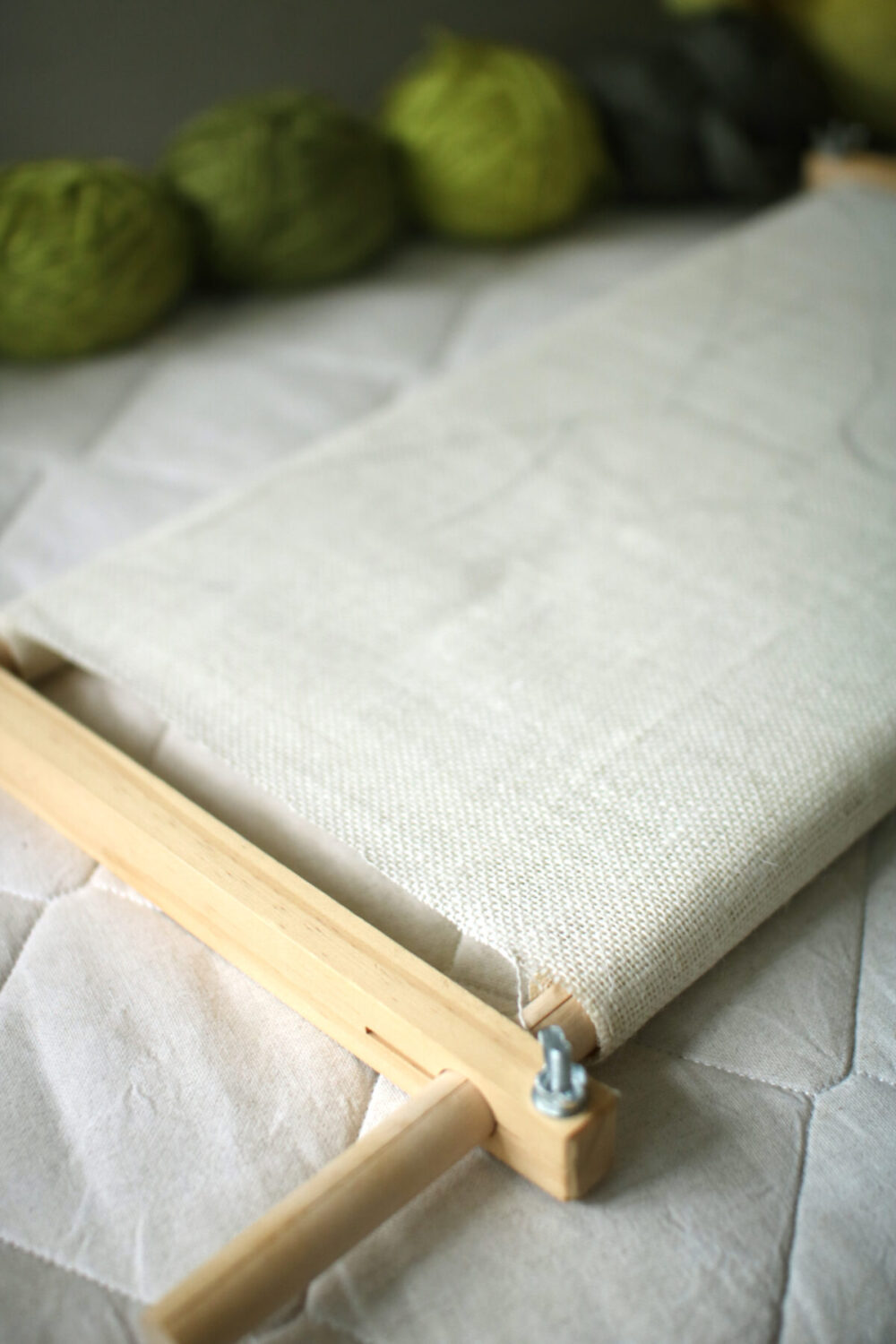 Beginner Punch Needle Tutorial: Leaf Pillow DIY