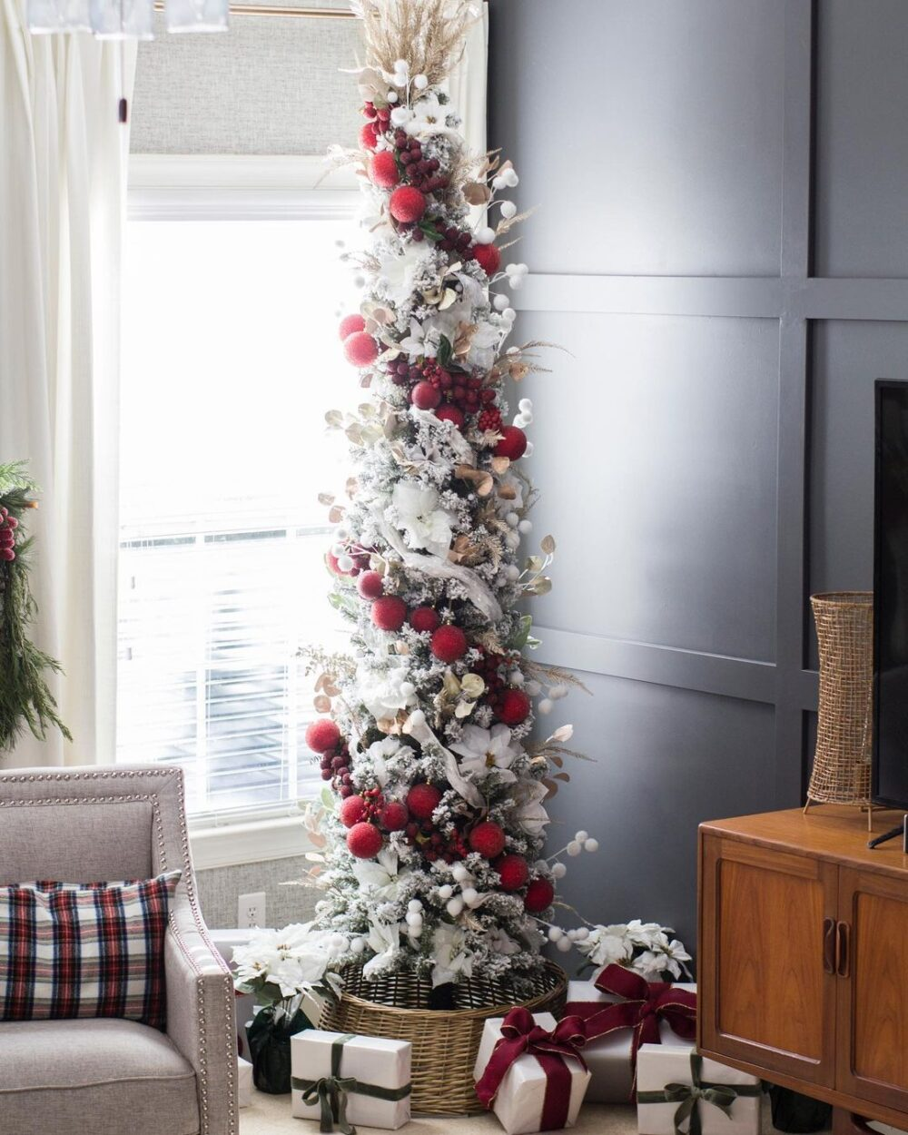 The Best Tips for Decorating a Small Space for the Holidays