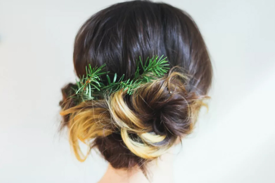 30 Dazzling Holiday Hairstyles to Inspire You This Season