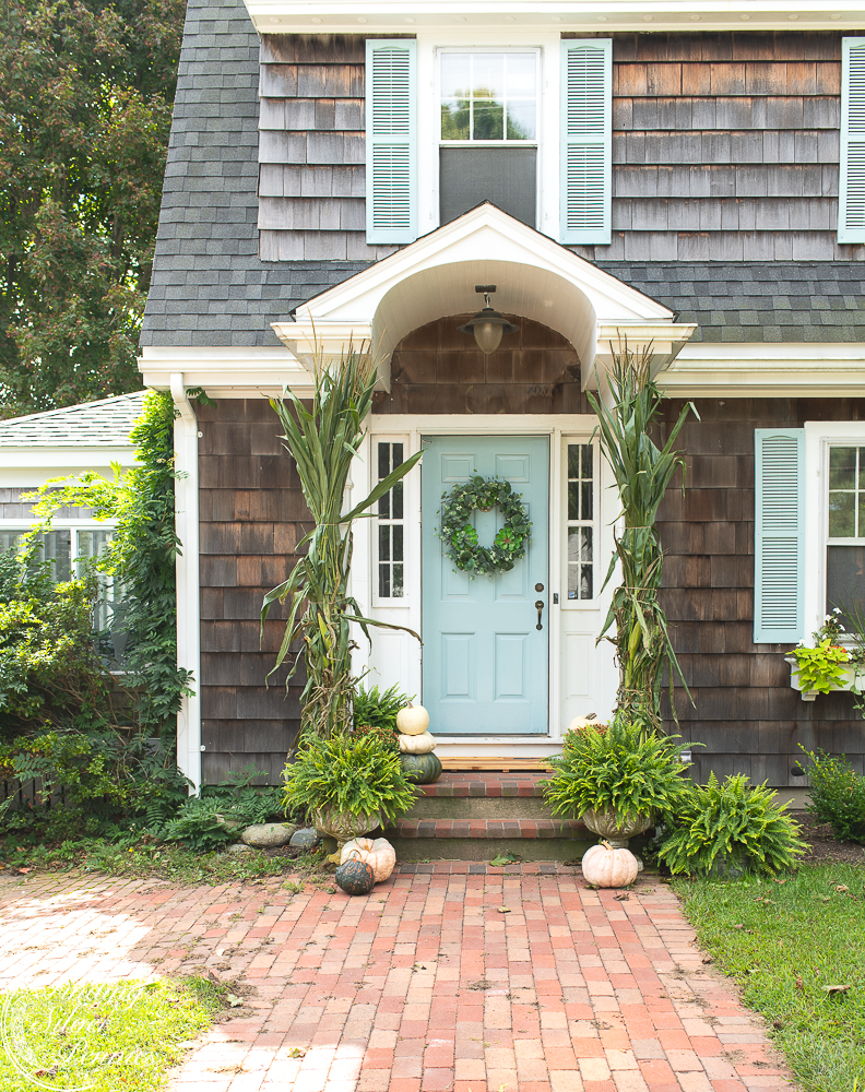 Muted Simple Fall Entry Decor