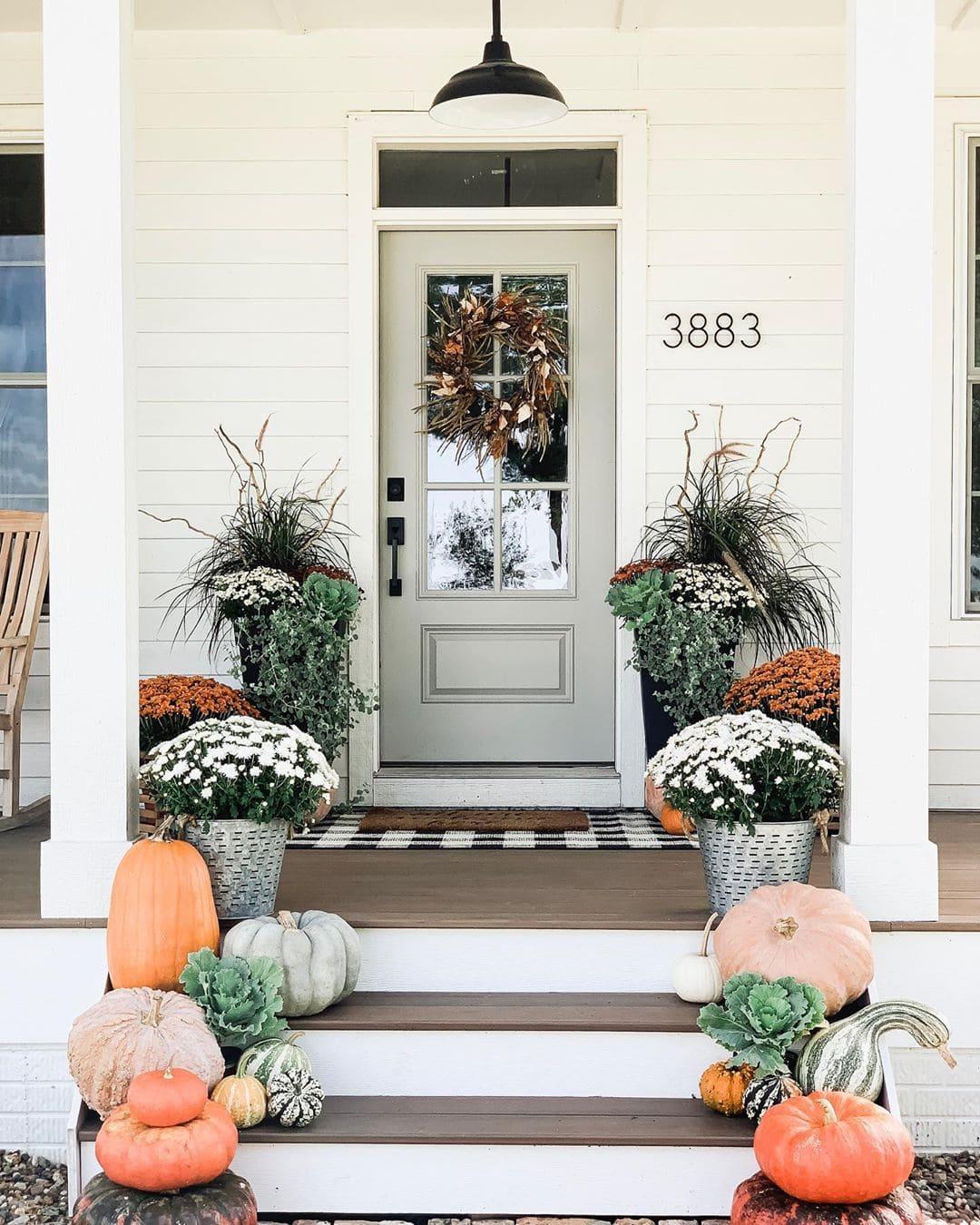 20 Beautiful Fall Front Door Decor Ideas Wonder Forest