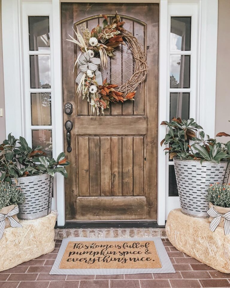 Rustic Neutral Fall Door Decor